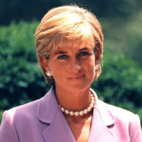 famous woman Princess Diana in pink suit